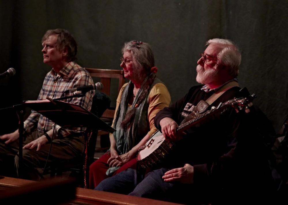 the Mudlarks Ceilidh band